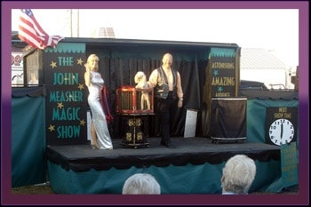 Book Magic Show for Corporate Events Chicago