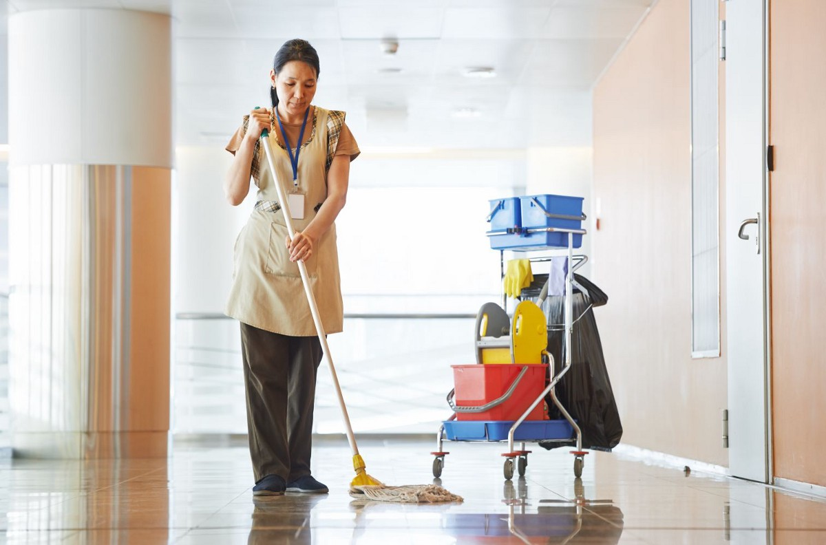 Get Residential and Commercial Cleaning Services Lighthouse Window Cleanin...