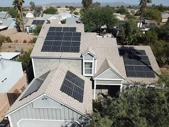 Choose the Best Solar Panel Company for Efficient Installation