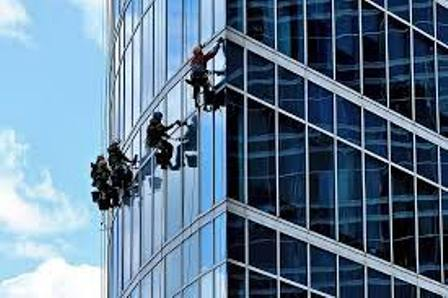 Weigh Pros Cons before Hiring Professional Window Cleaners London