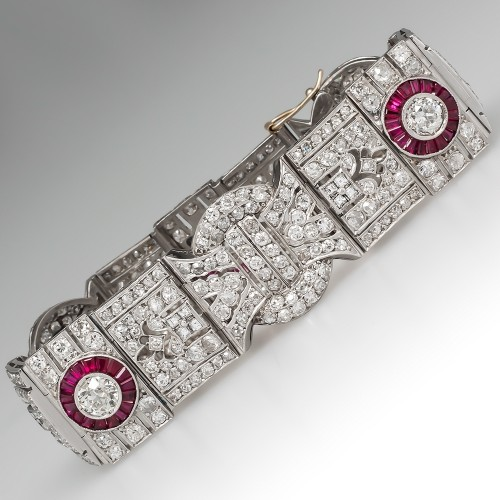 Where To Sell Expensive Jewelry For Instant Cash in Miami? Visit Regent Jew...
