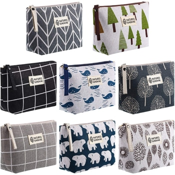 Organize your items in private label cosmetic bags