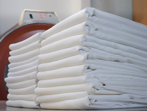 Making available laundry services online