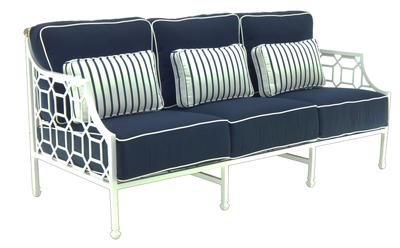 Selecting the Unique Decorative Option With Barclay Sofa