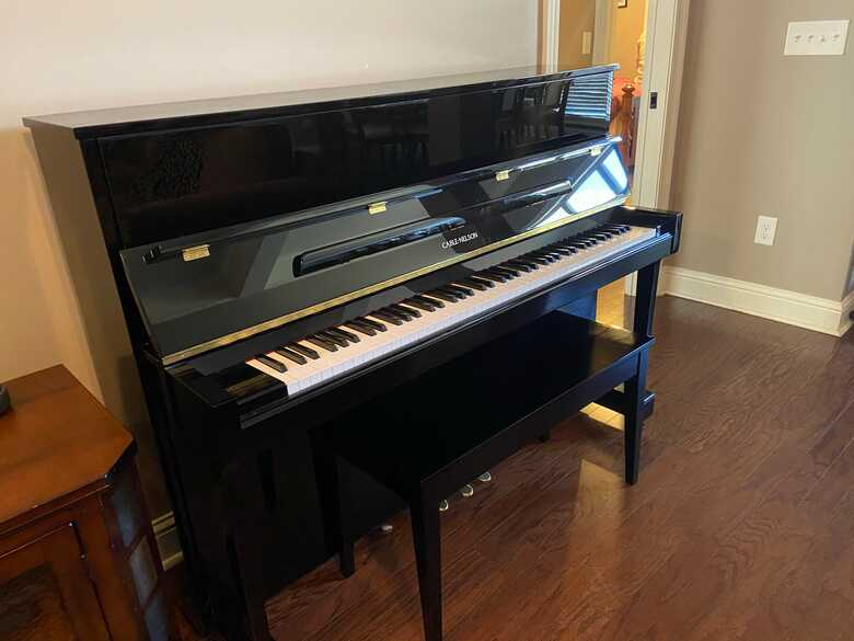 Very Lovely Family Studio Used Yamaha Upright PIANO Available for FREE!!