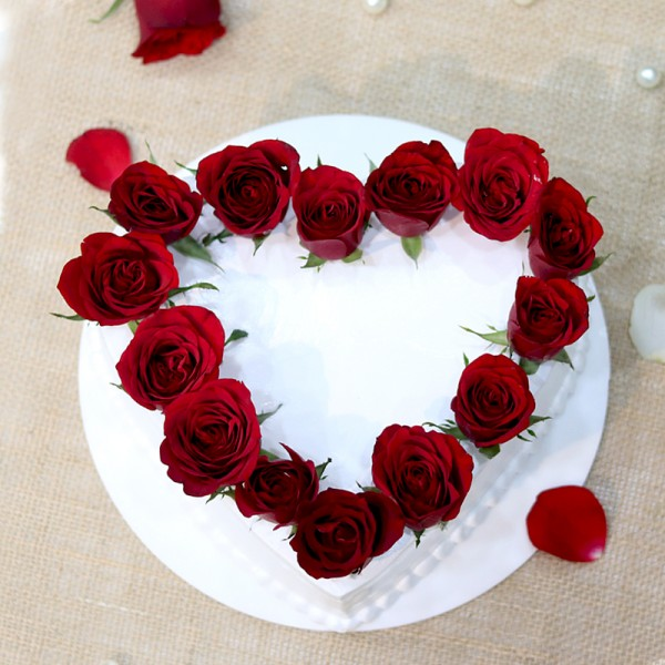 Send Gifts Online Delivery from MyFlowerTree in your Budget