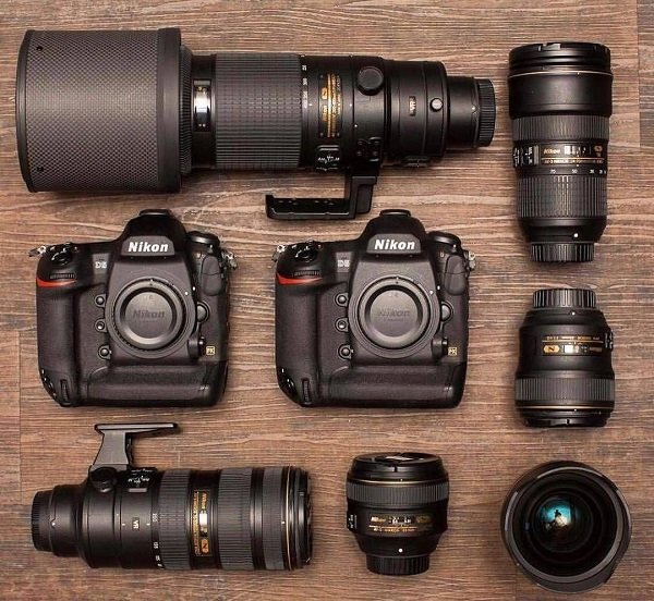 In the event that you need a stupendous LATEST DSLR CAMERA that to at a dec...