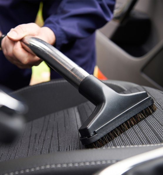 Best car cleaning service in Delhi NCR car cleaning service in Delhi